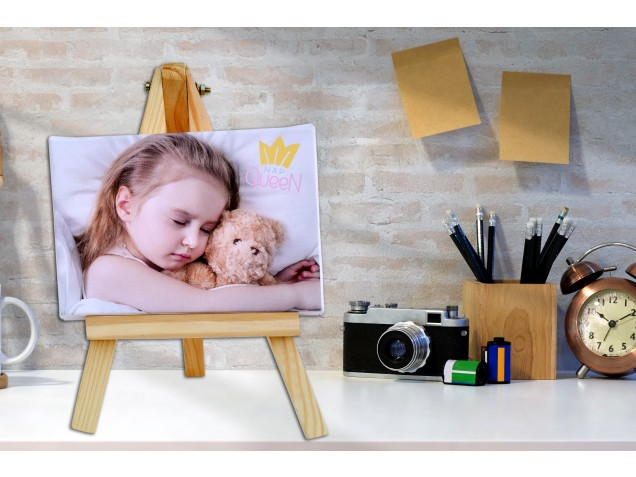 My world - Mini Canvas with Stand