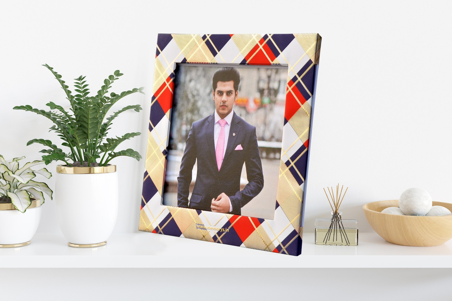 Stripes Pattern Photo Frame